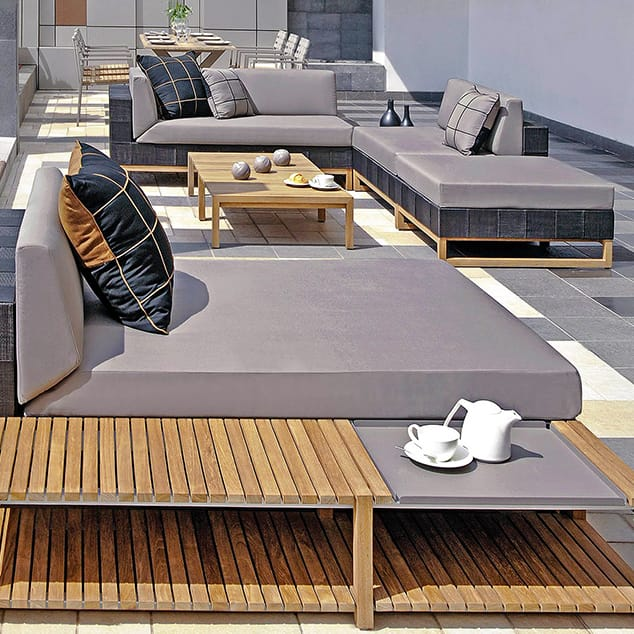 How to Create an Entertainment-Friendly Outdoor Space.