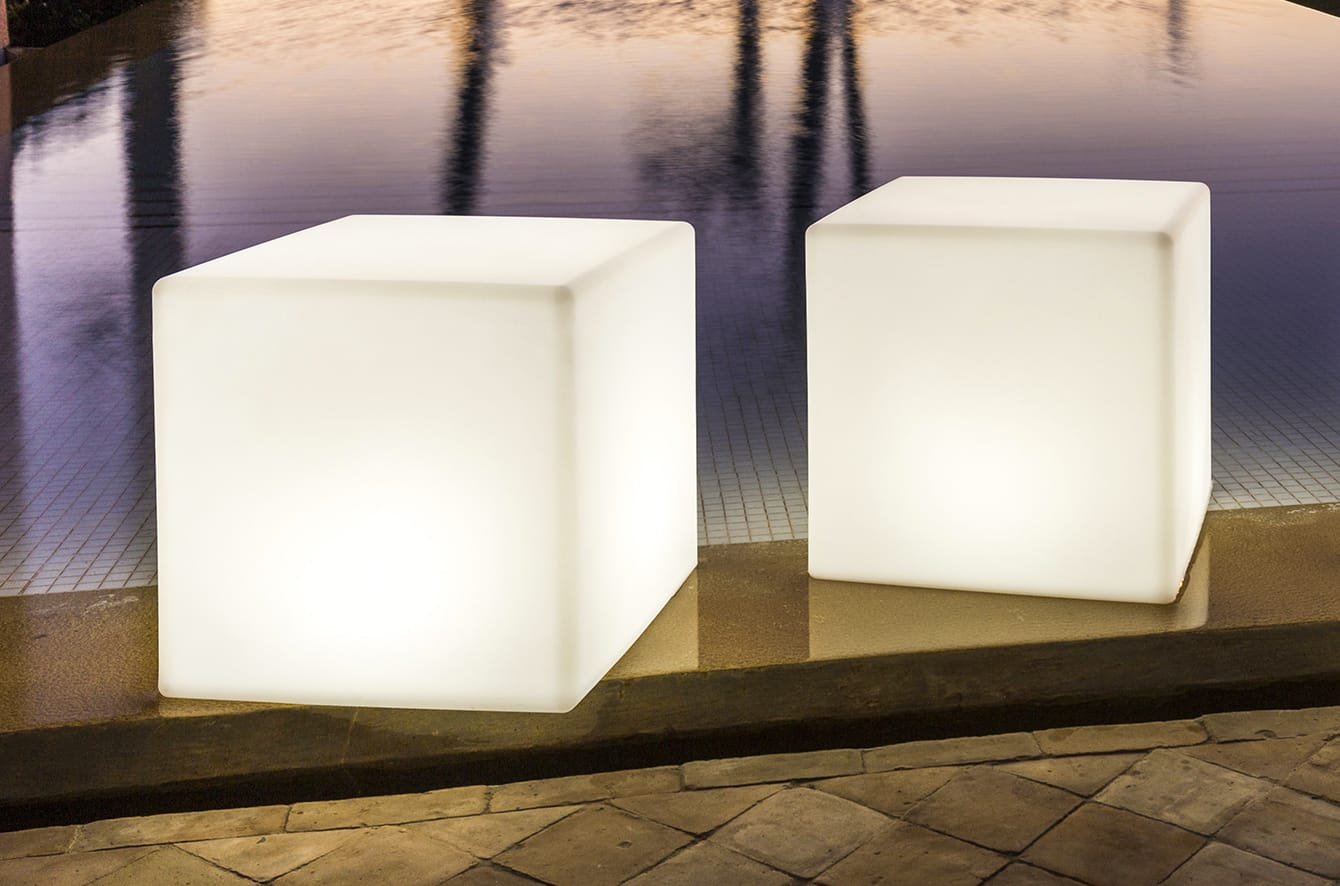 Cube Bluetooth LED Indoor/Outdoor Lamp by Smart & Green