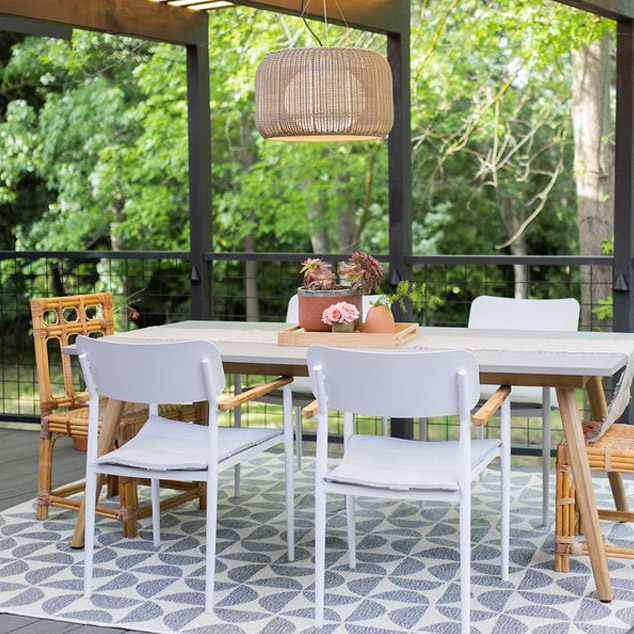 How to Design a Modern Outdoor Entertaining Space.