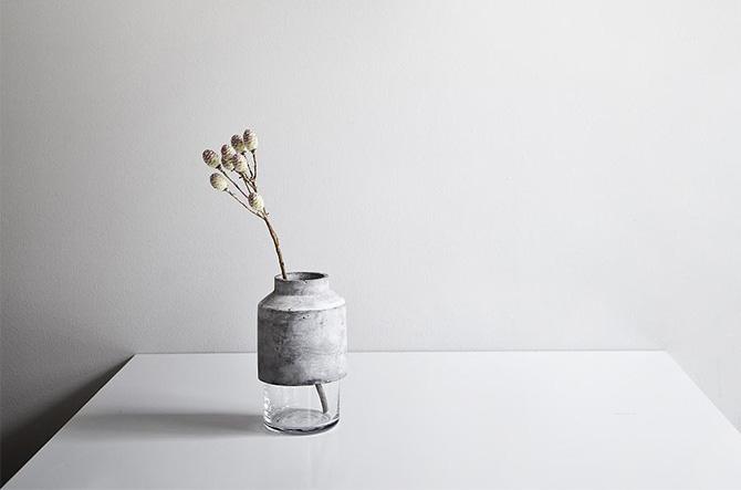 Willmann Vase by Menu