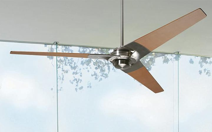 The Right Way to Clean Your Ceiling Fan