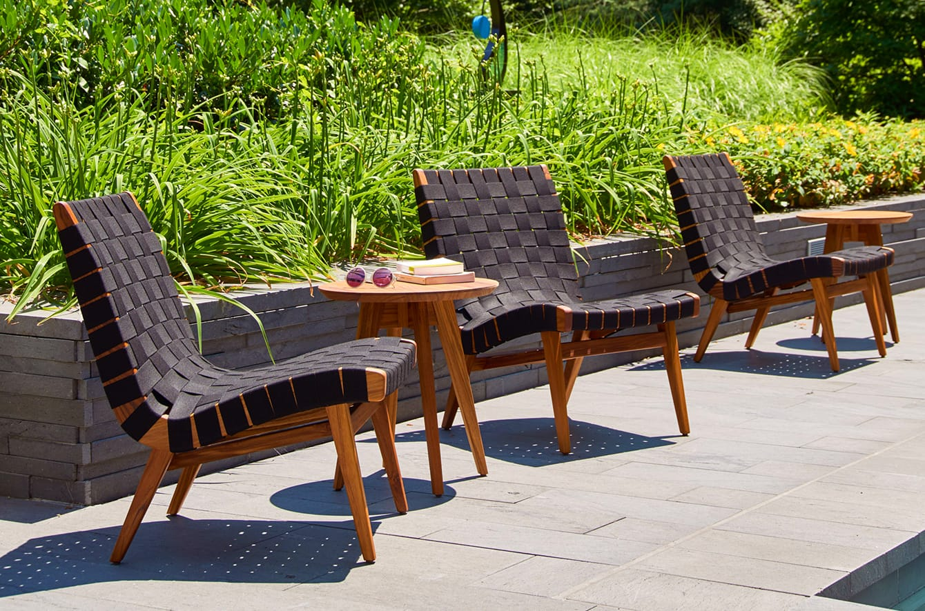 Risom Outdoor Lounge Chair by Knoll