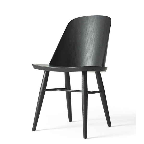 Synnes Chair by Menu