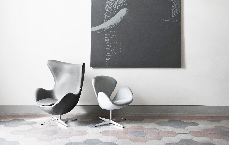 Swan and Egg Chair by Arne Jacobsen for Fritz Hansen