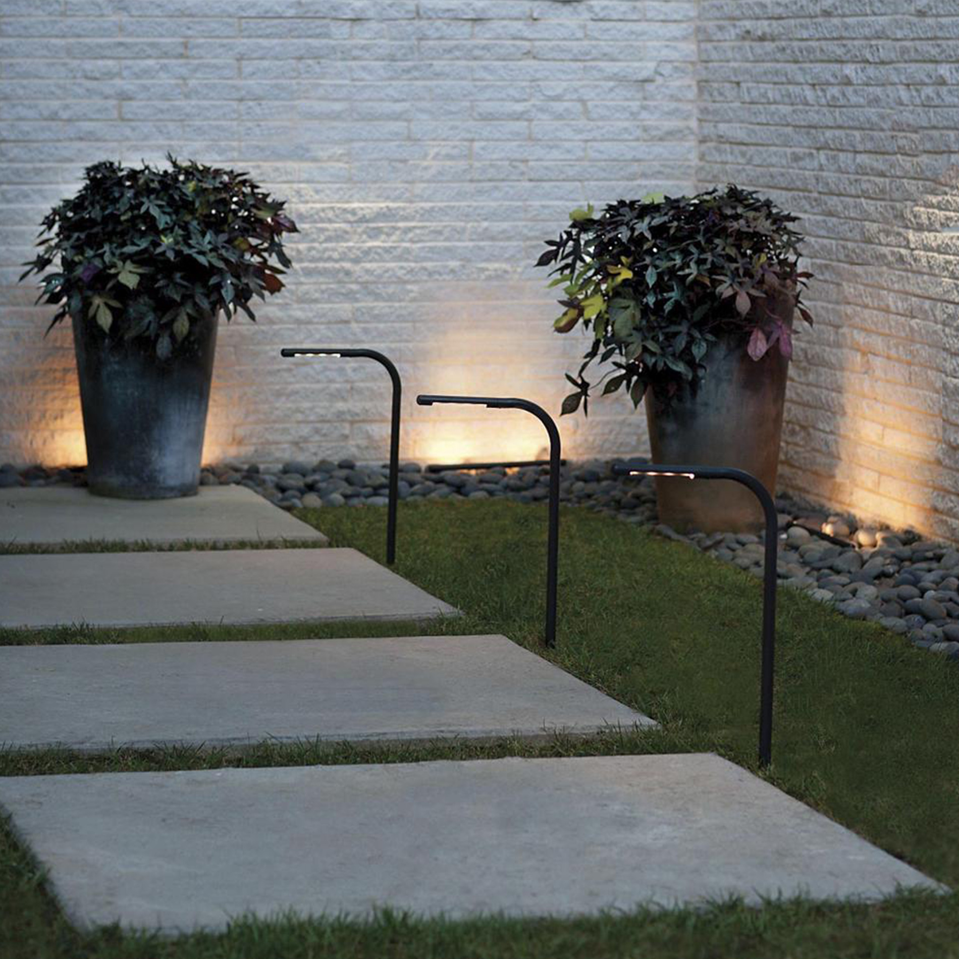 Nexus LED Landscape Collection by Hinkley Lighting