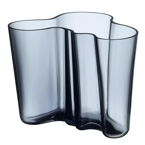 Aalto Vase – Rain by Iittala.