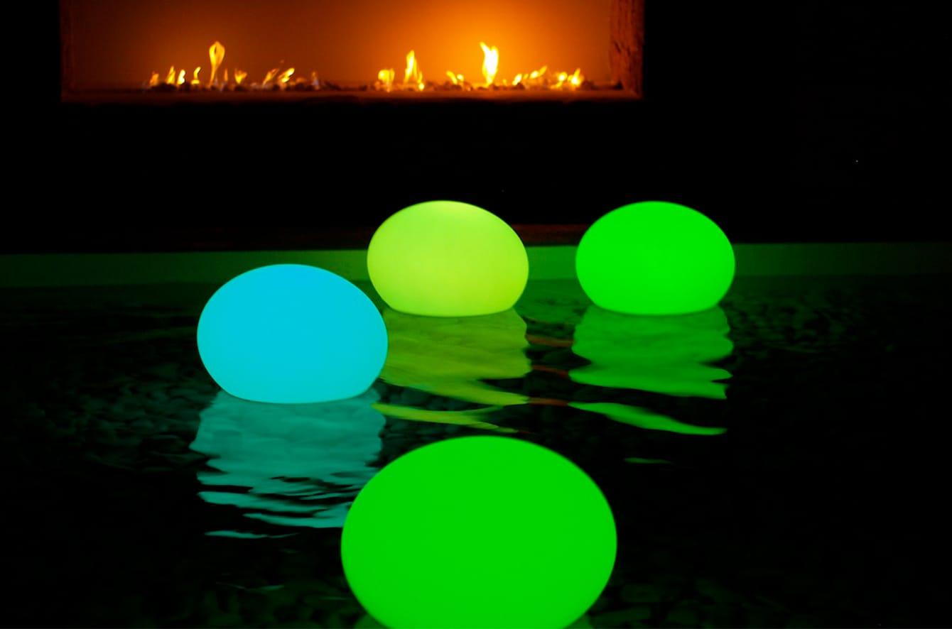Flatball XXS LED Indoor/Outdoor Lamp by Smart & Green