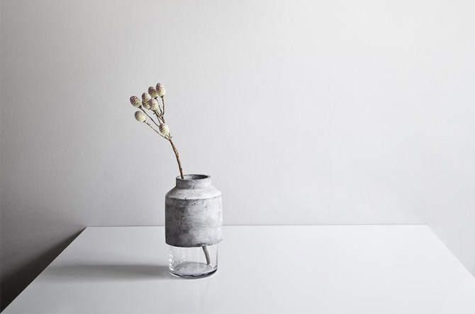 Willmann Vase by Menu