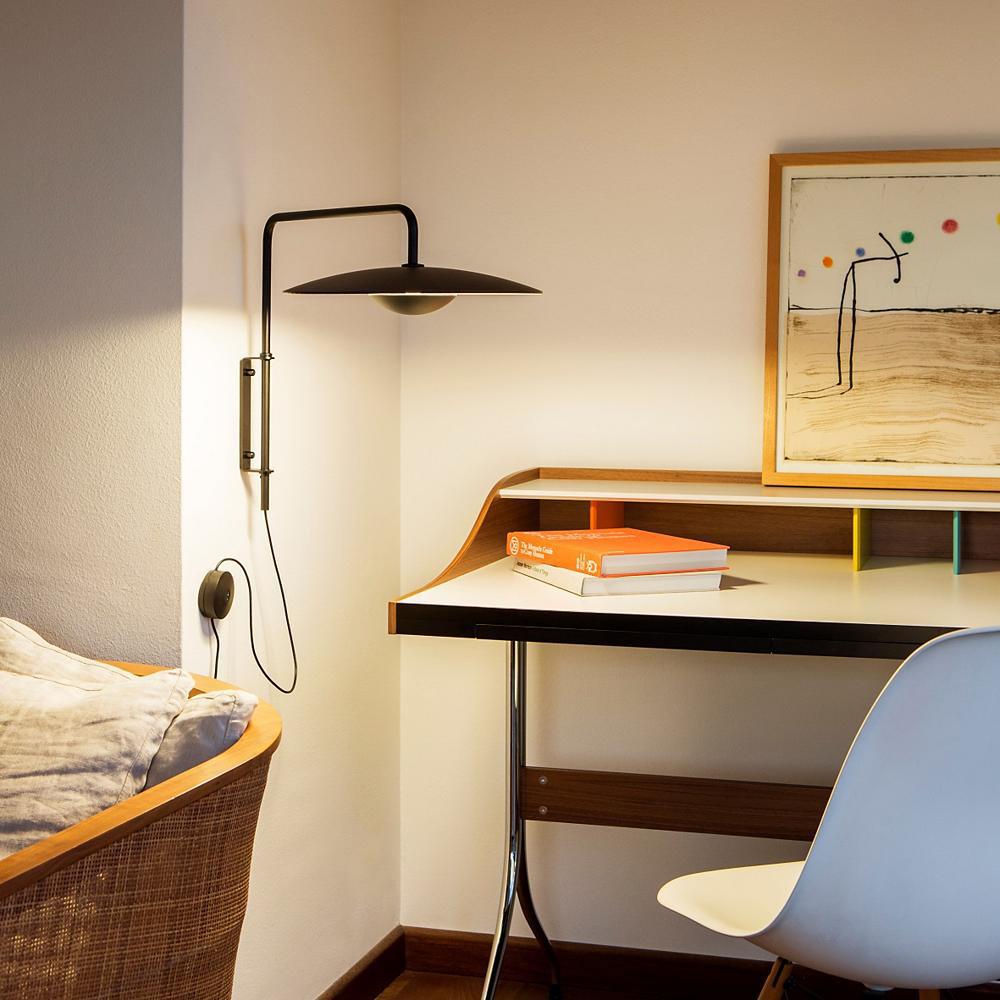 Wall Mounted Ginger Lamp