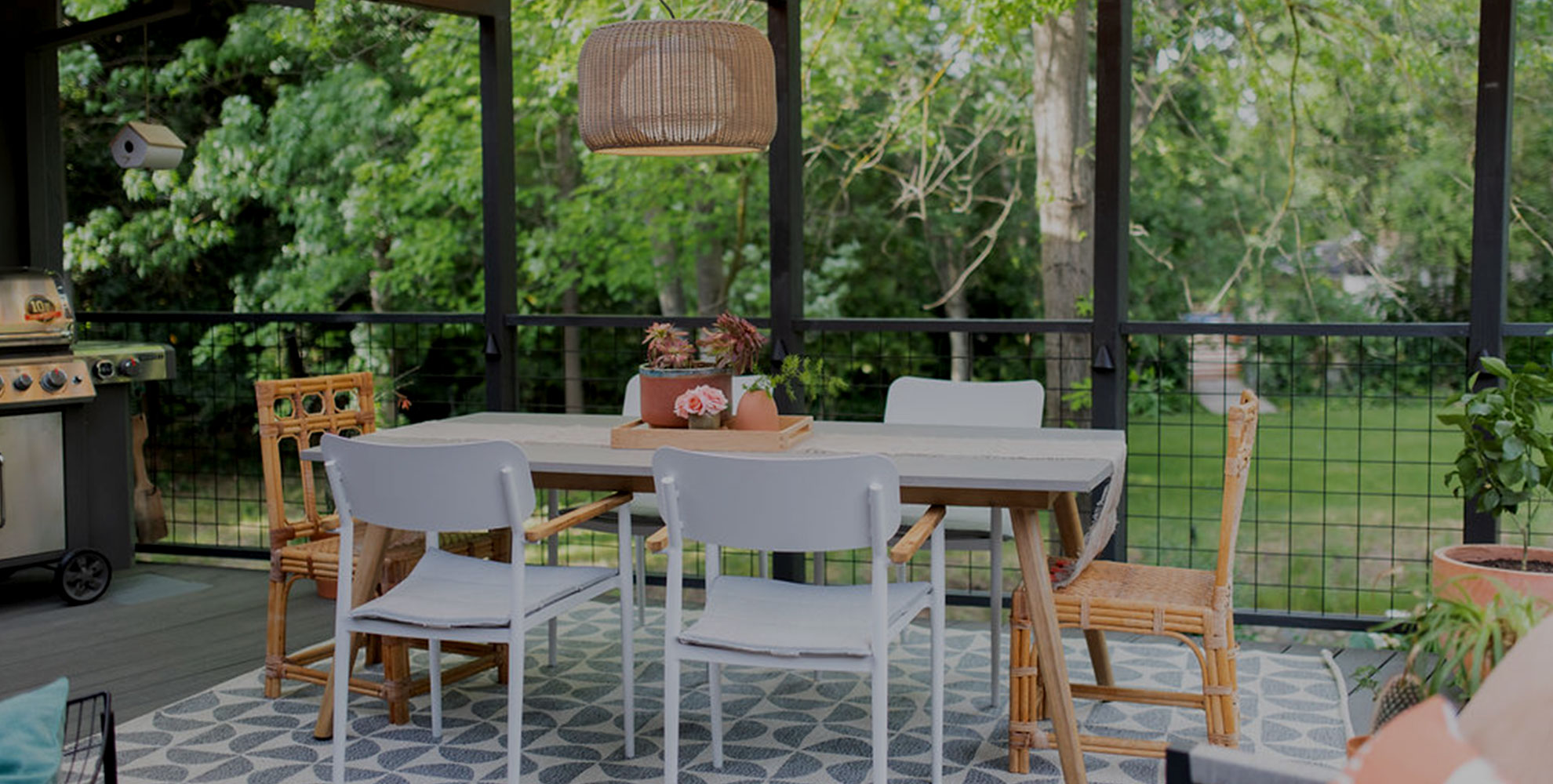 How to Create an Entertainment-Friendly Outdoor Space