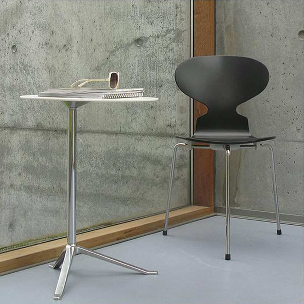 Ant 3 Leg Chair – Colored Ash