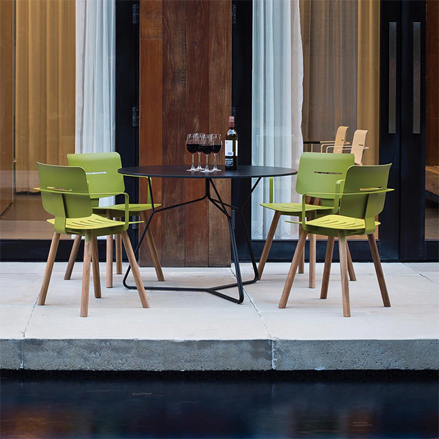 10 Modern Outdoor Dining Chairs