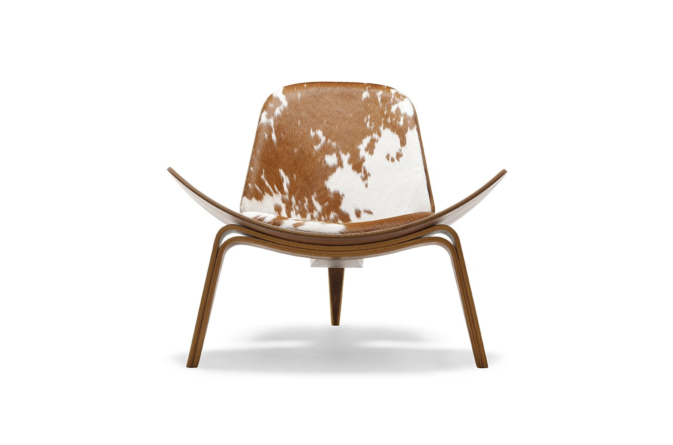 CH07 Lounge Chair by Carl Hansen