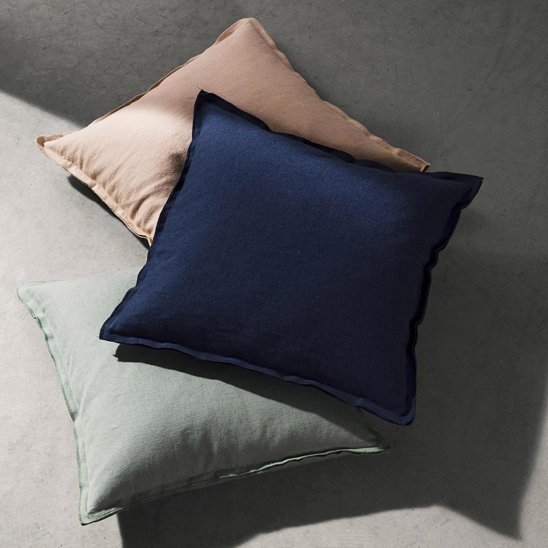 Raw Cushion by Menu