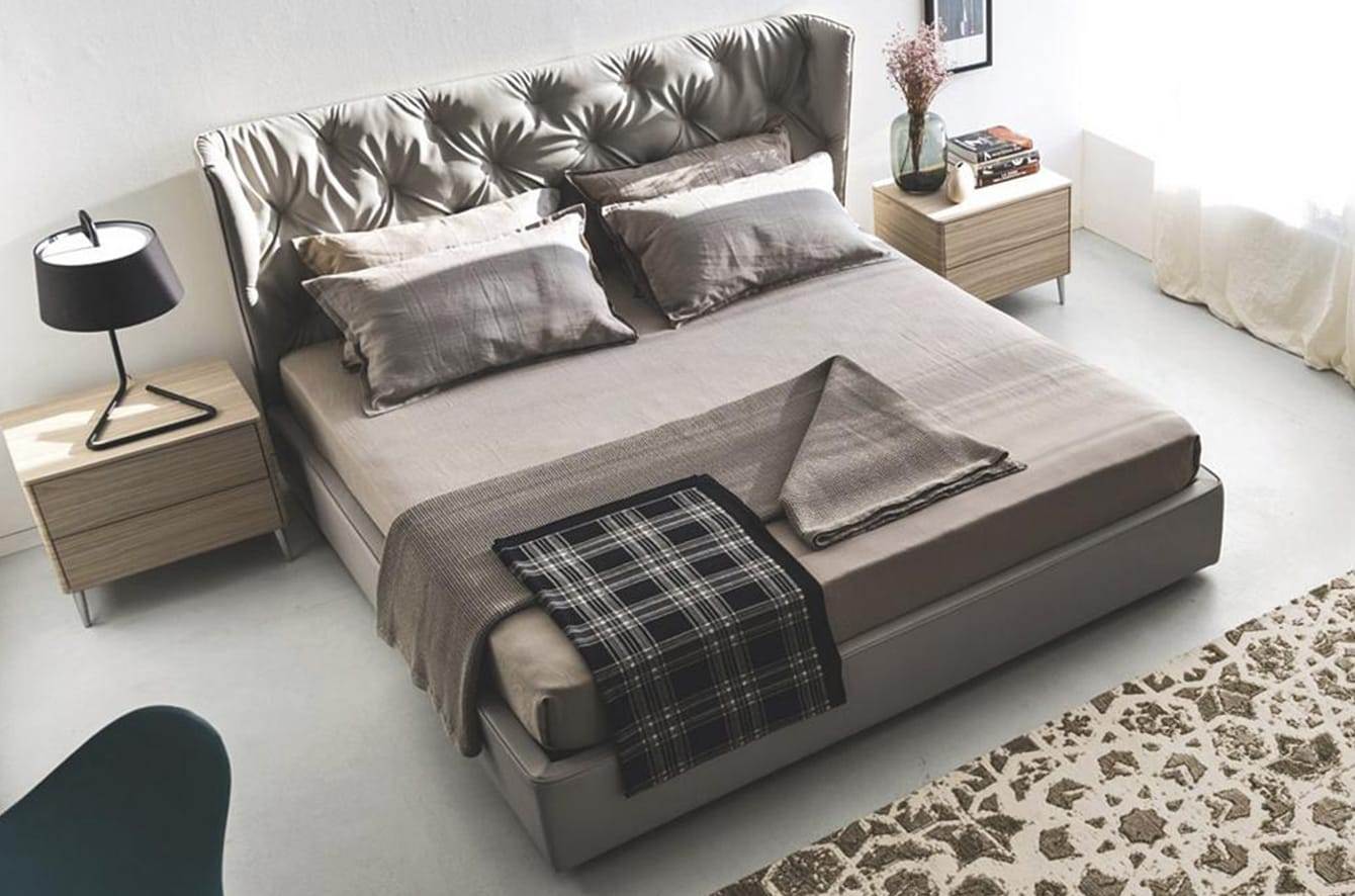 Wynn Bed by Calligaris