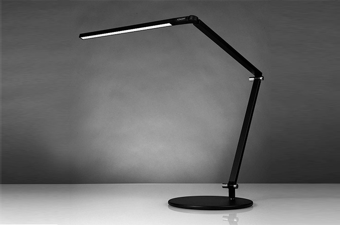 Z Bar Desk Lamp by Koncept