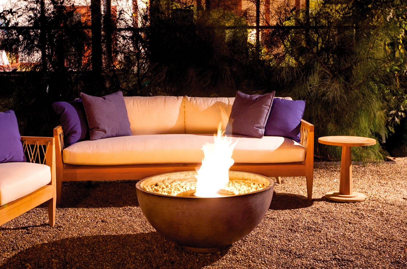 Urth Fire Bowl by Brown Jordan Fires