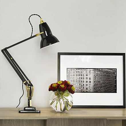 Floor & Table Lamps.